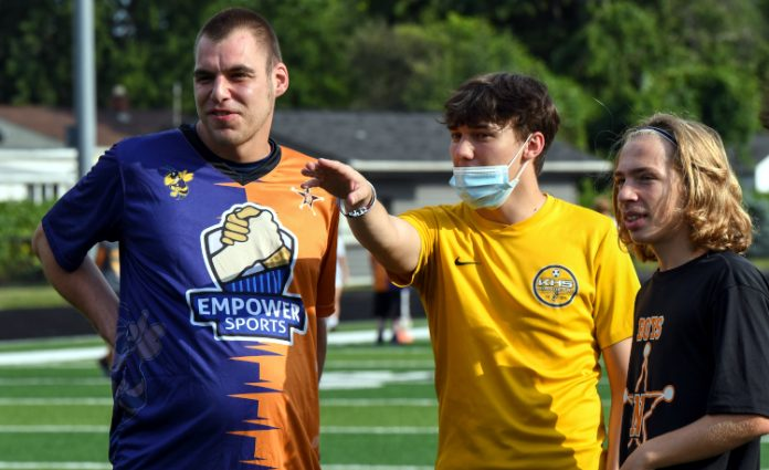 Kirtland, North team up on service project