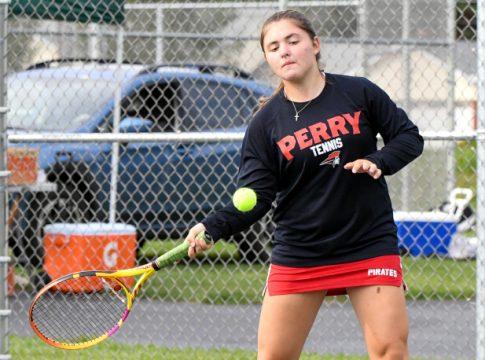 Perry Girls Tennis
